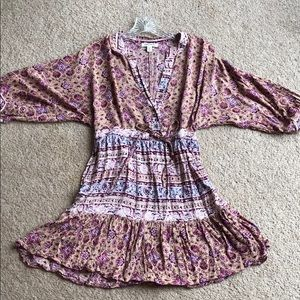 Billabong pink patterned dress with cinched waist